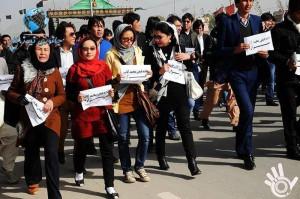 برداشتن لوحه فیض محمد کاتب هزاره و اعتراص شماری از فعالان اجتماعی و فرهنگی در پیوند به این قضیه!