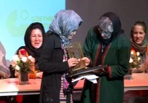 women-award-03-08